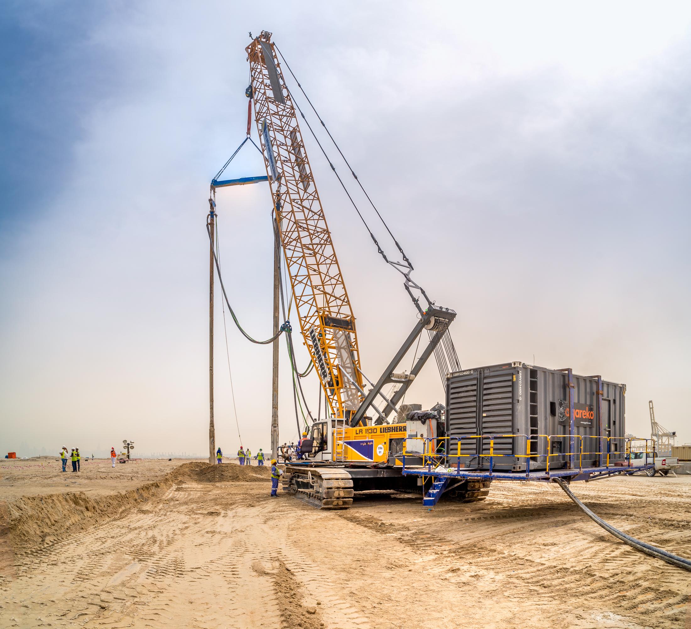 1000 kVA Generator on back of crane