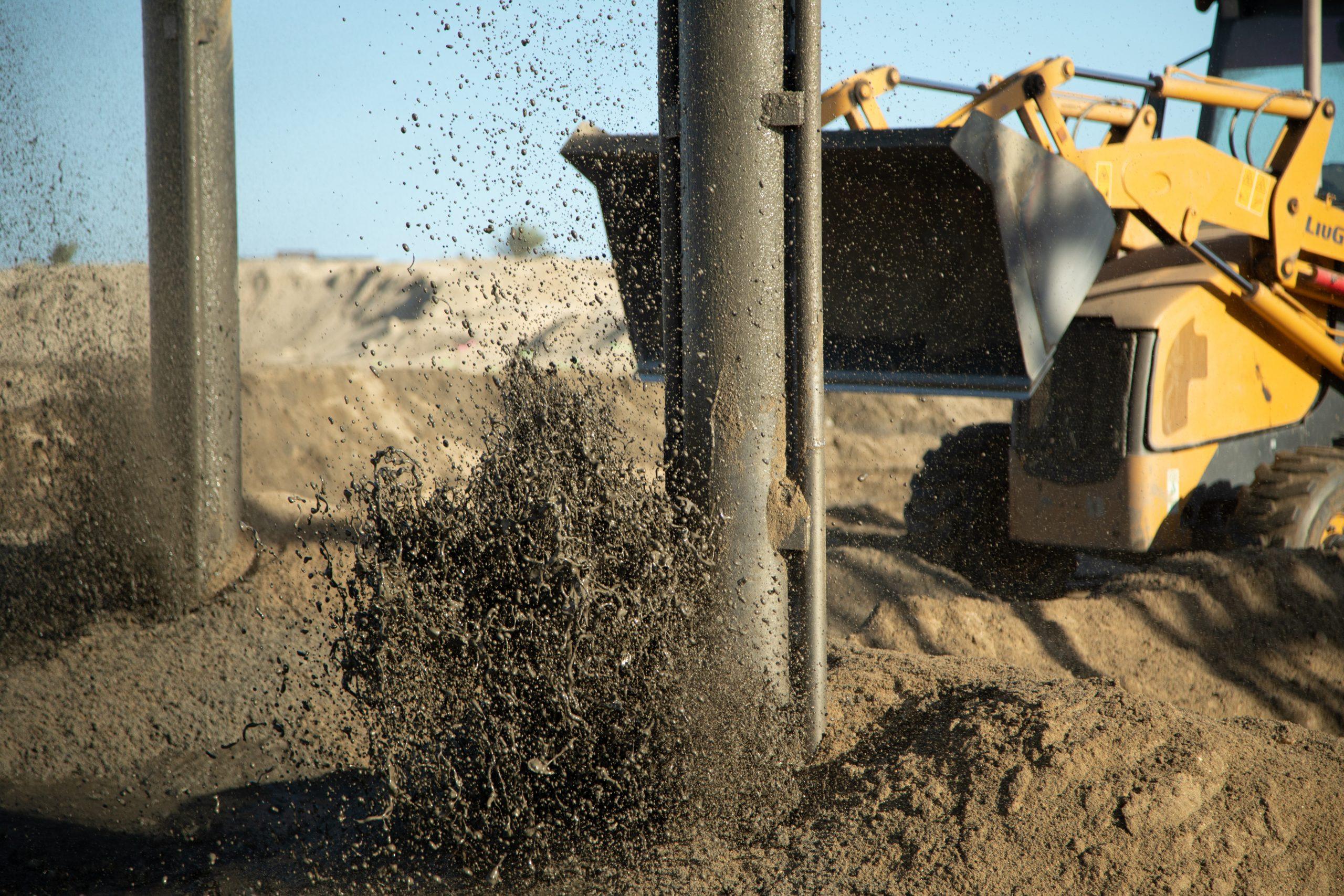 Sand feeding